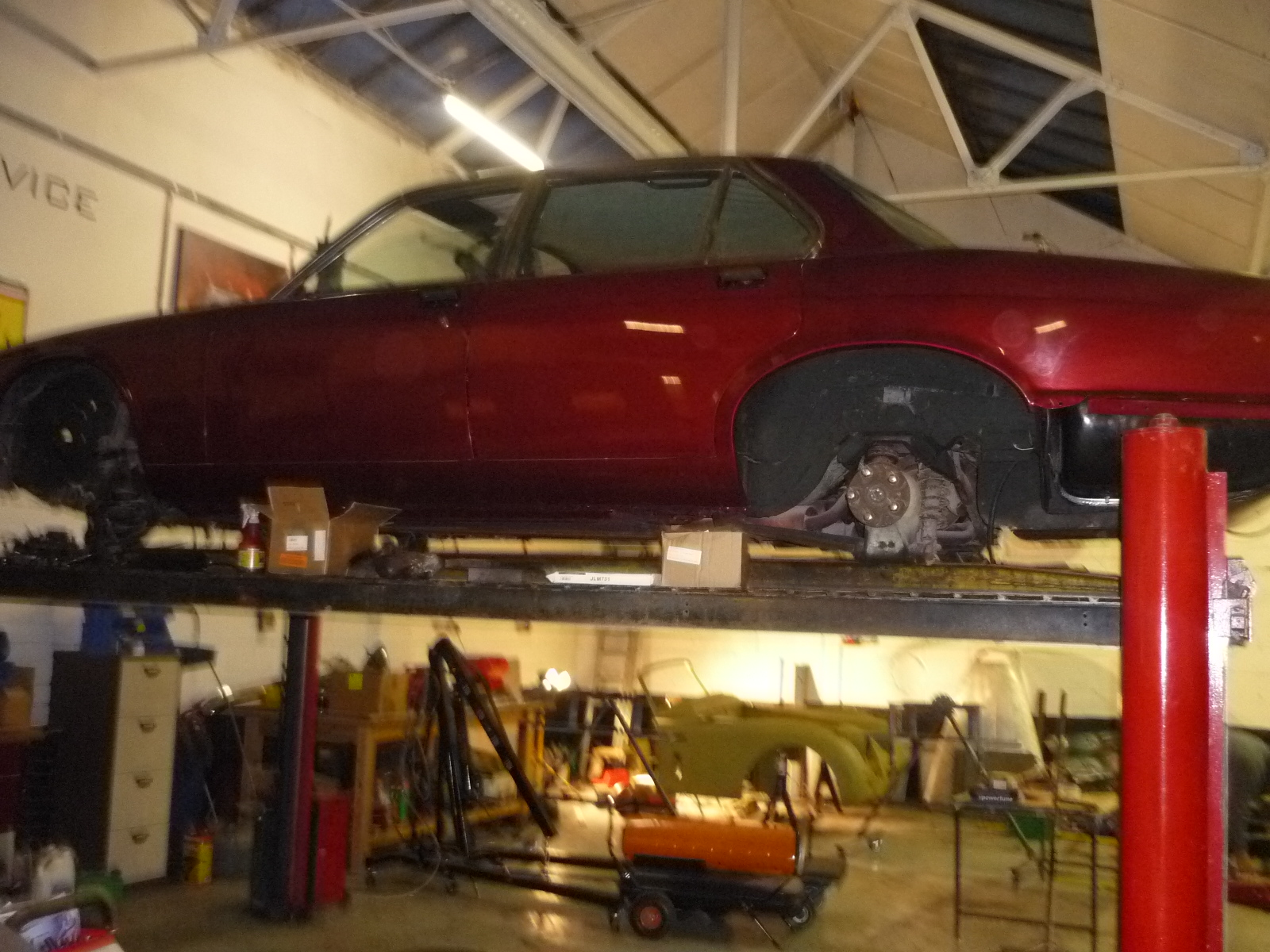 Jaguar XJ6 Restoration painted bodywork