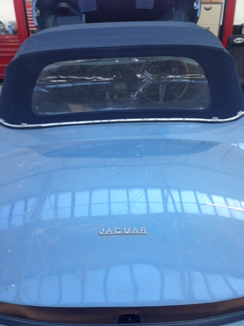 Jaguar boot and rear window