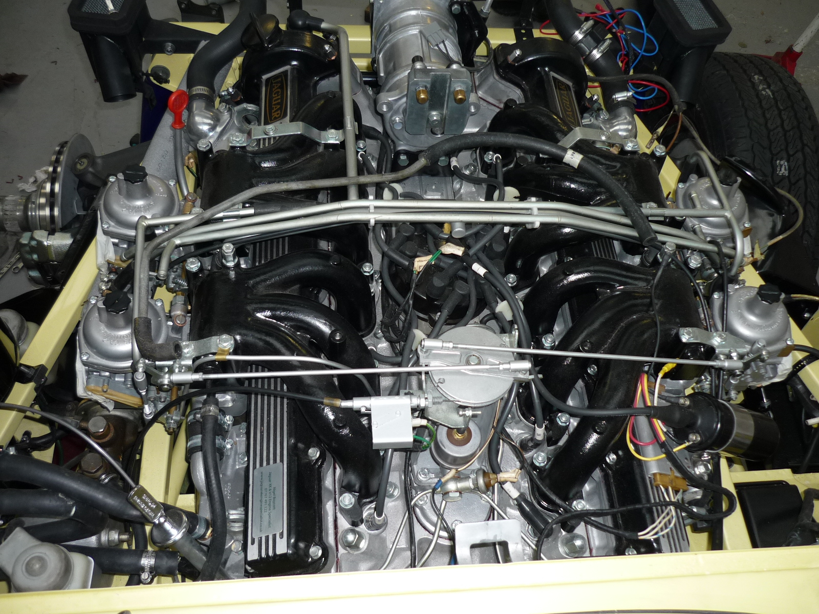 E-Type Series 3 Engine