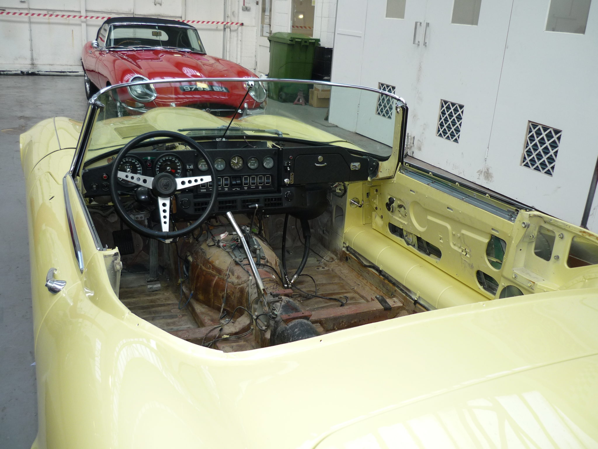 Jaguar E-Type Series 3 Stripped