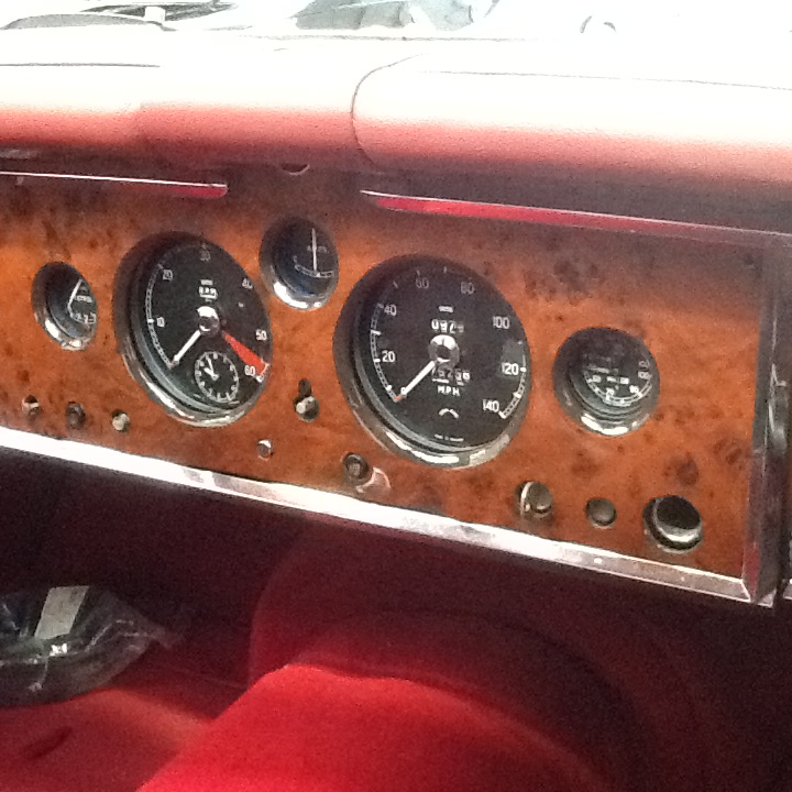 Jaguar XK150 dashboard
