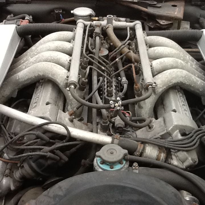 Aston Martin V8 Engine pre restoration