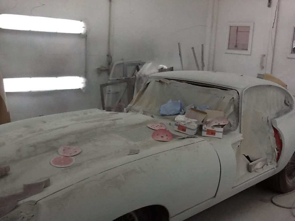 Jaguar E-Type S1 respray in primer